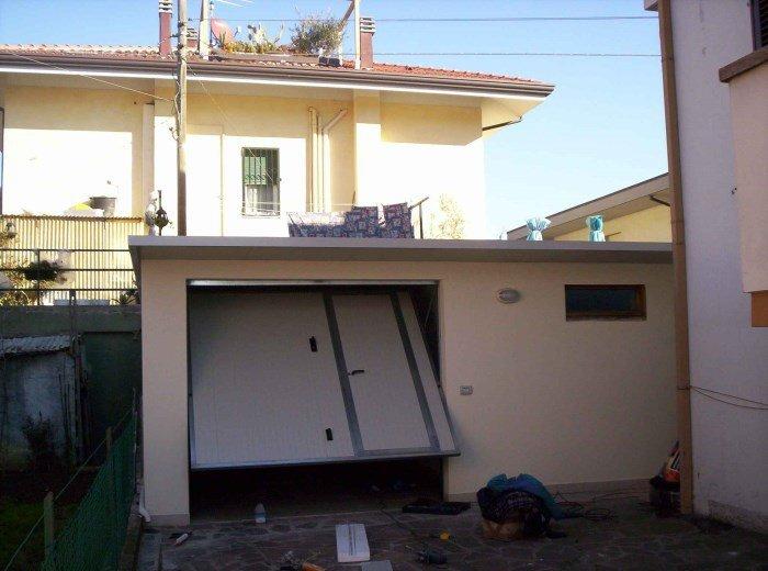 garage prefabbricati coibentati