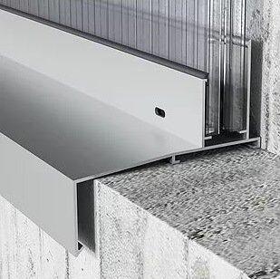 profilo inferiore alluminio con gocciolatoio finestratura