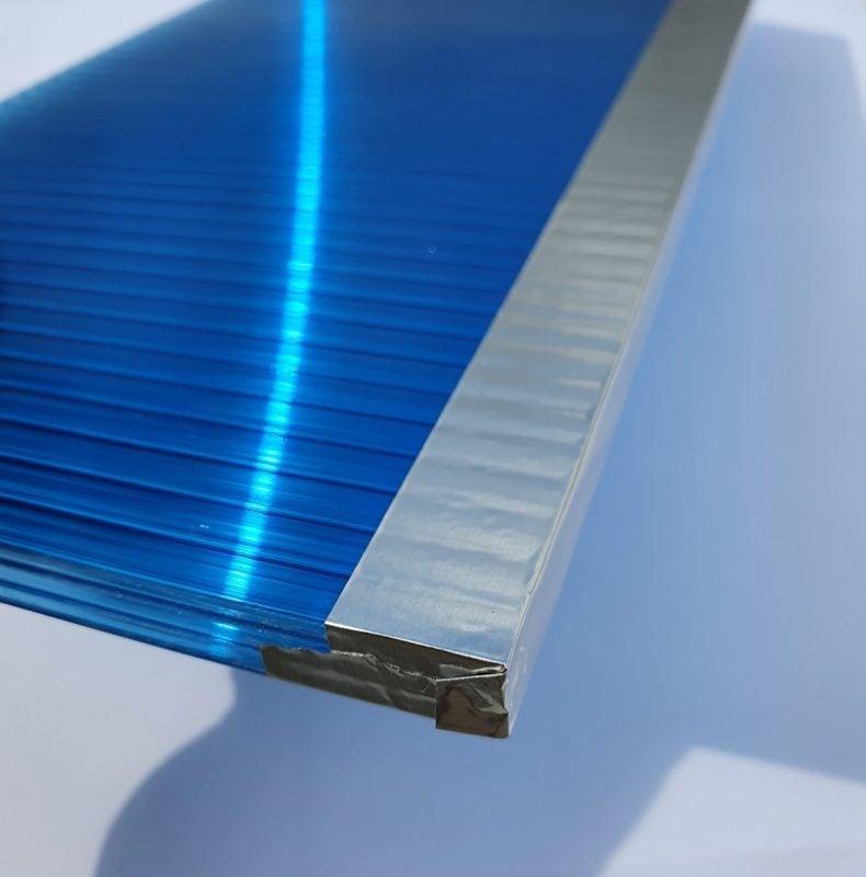 nastro alluminio applicato sul policarbonato
